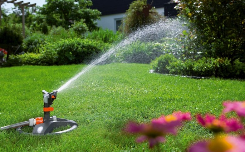 Tips for Finding a Lawn Sprinkler System Contractor